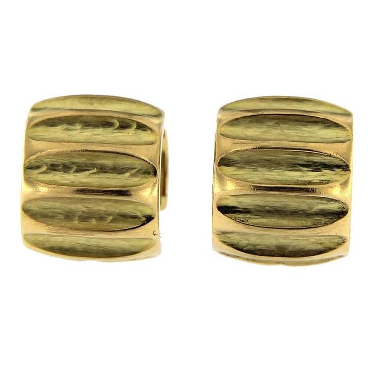 Jona Yellow Gold Hoop Earrings