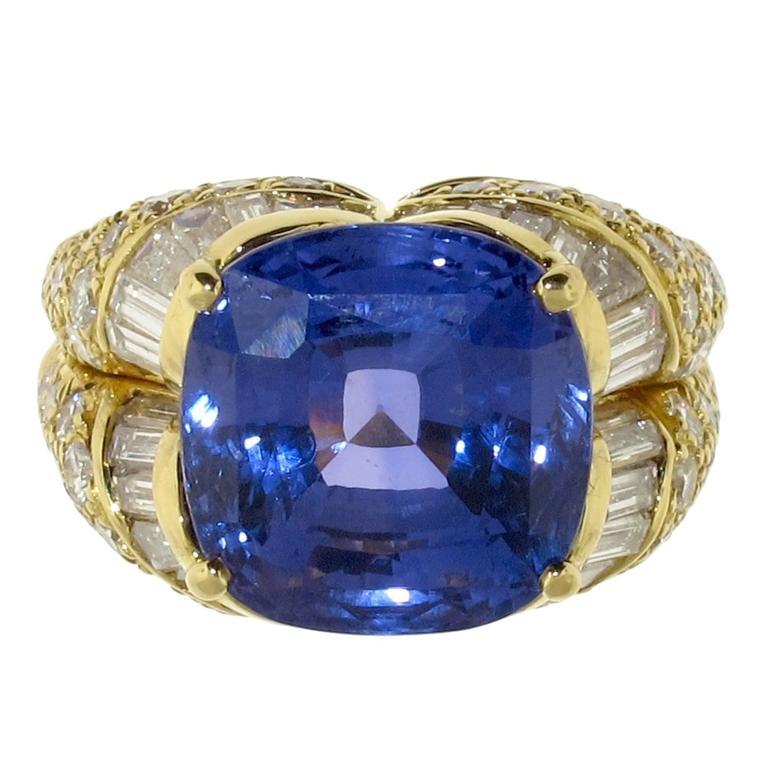 1980s Bulgari 14.13 Carat GIA Certified Sapphire Diamond Gold Ring