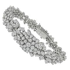 Enticing 16 Carat Diamond Gold Bracelet