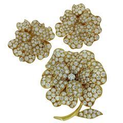 Van Cleef & Arpels Diamond Gold Flower Brooch and Earrings Suite