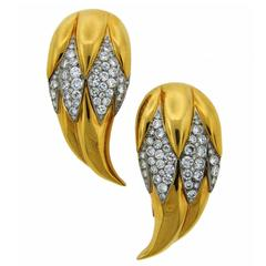 Suzanne Belperron Dents de Loup Diamond Gold Platinum Clip Brooches