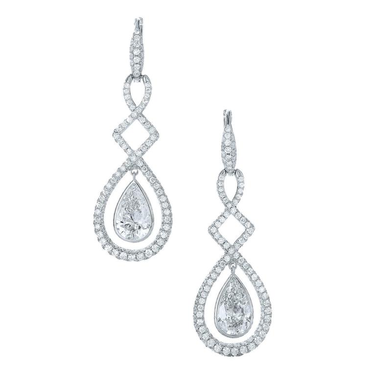 Kwiat Legacy Gia Cert Pear Shaped Diamond Gold Earrings For