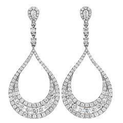 Exquisite Diamond Gold Teardrop Earrings