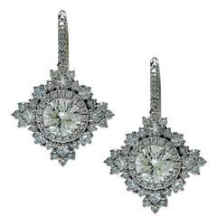 2.74 Carats Diamonds Gold Earrings