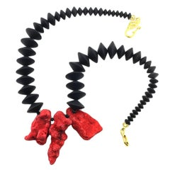 Gemjunky One-of-a-Kind Natural Red Coral Chunks and Flat Black Onyx Necklace