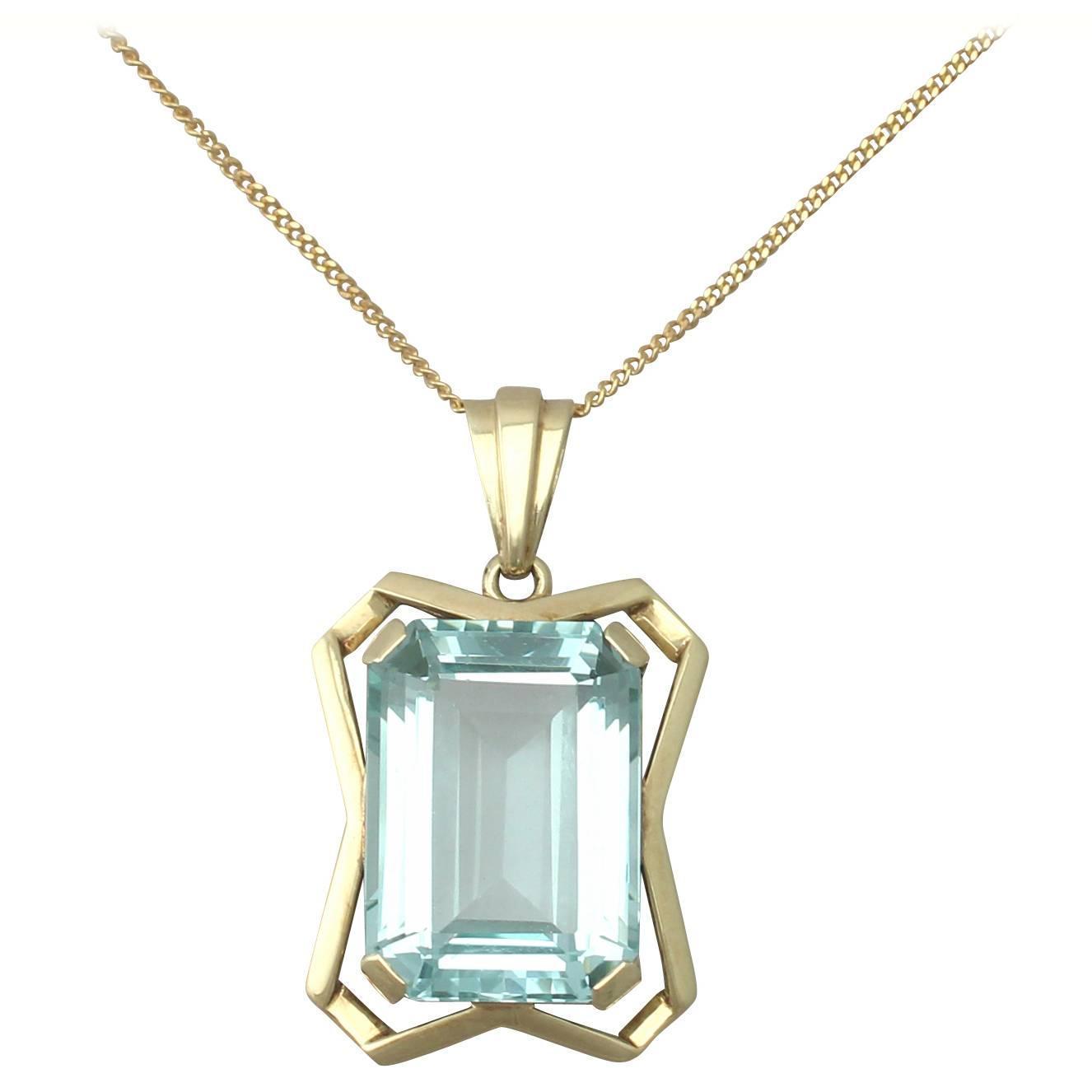 20 85ct aquamarine and 14k yellow gold pendant deco