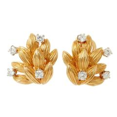 1970s Boucheron Diamond Gold Clip Earrings