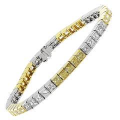 12.32 Carats Canary and white Diamond line Bracelet