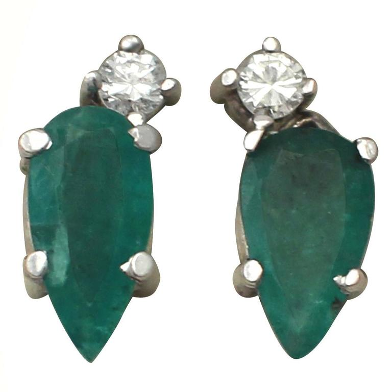 1.04Ct Emerald & 0.05Ct Diamond, 18k White Gold Stud Earrings - Vintage
