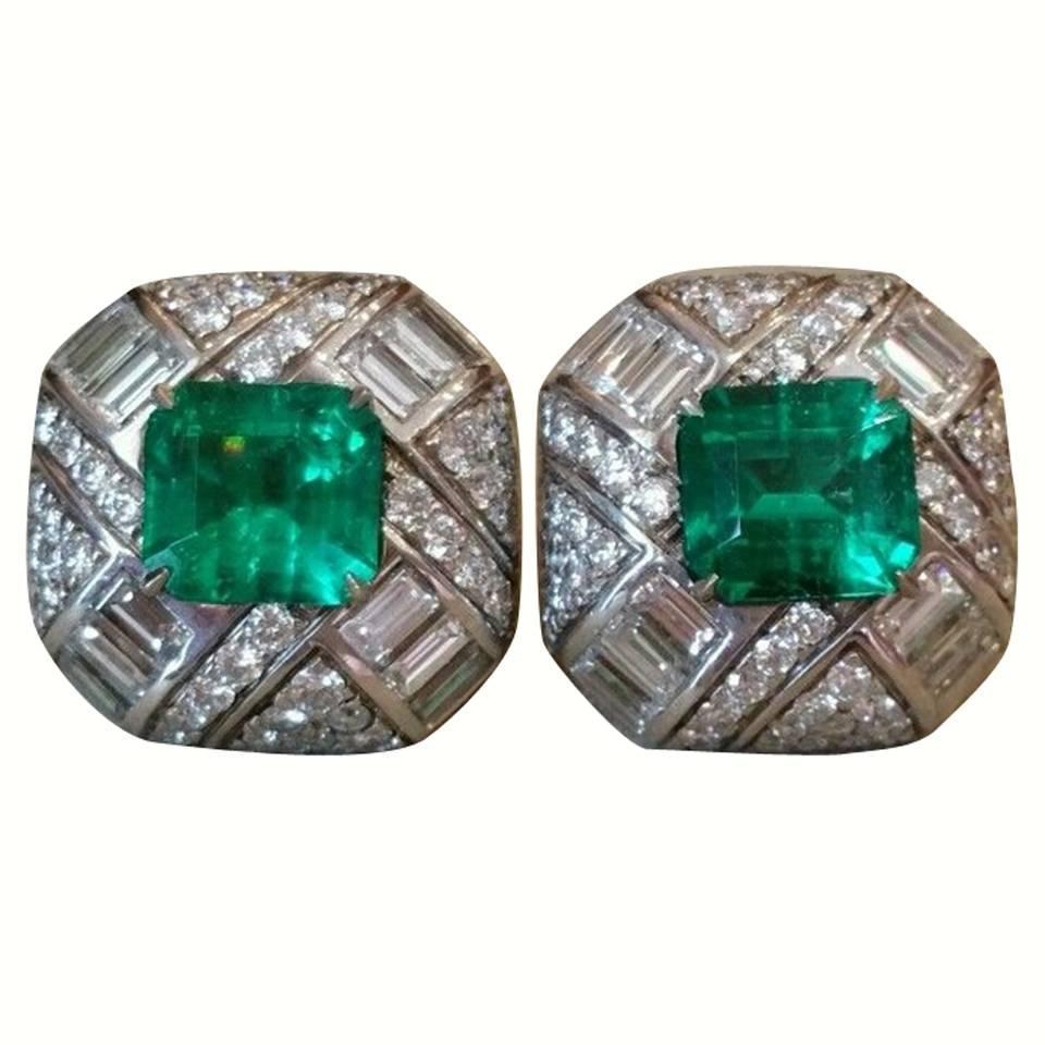 5 34 Carats GIA Cert Colombian Emeralds Diamond Gold Earrings For Sale at 1st
