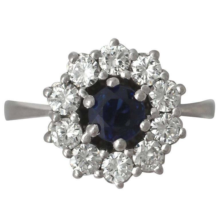 0.46Ct Sapphire and 0.45Ct Diamond, 18k White Gold Cluster Ring - Vintage For Sale