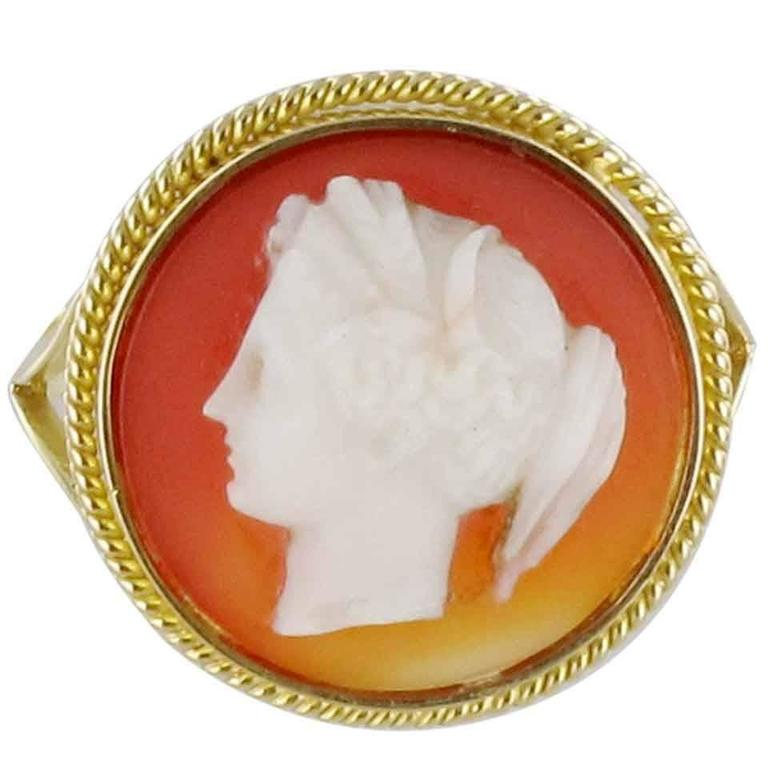 French Antique Agate Cameo Gold Ring