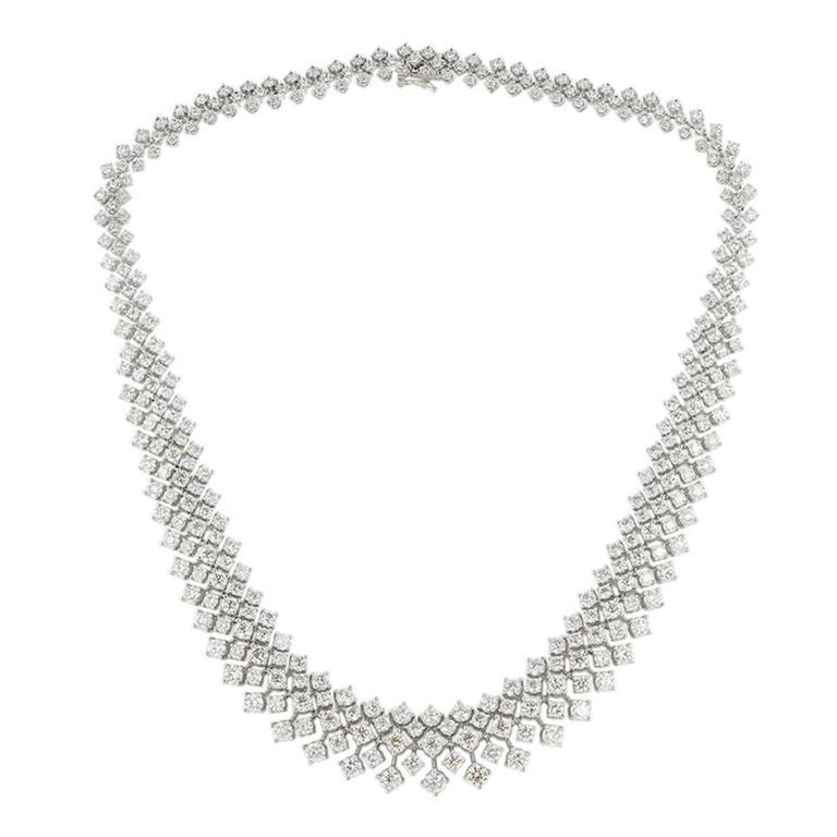 30.50 Carat Diamonds Gold Bib Necklace