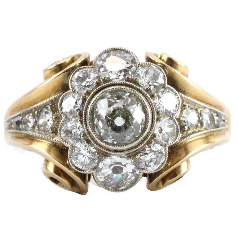 1940s Retro Diamond Gold Cluster Ring For Sale