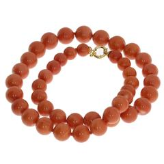 1930s Coral Bead Necklace
