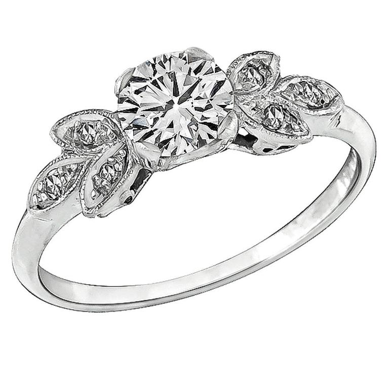 1920s Charming Diamond Platinum Engagement Ring