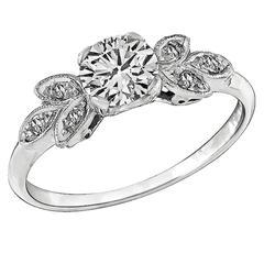 1920s Charming Diamond Platinum Engagement Ring