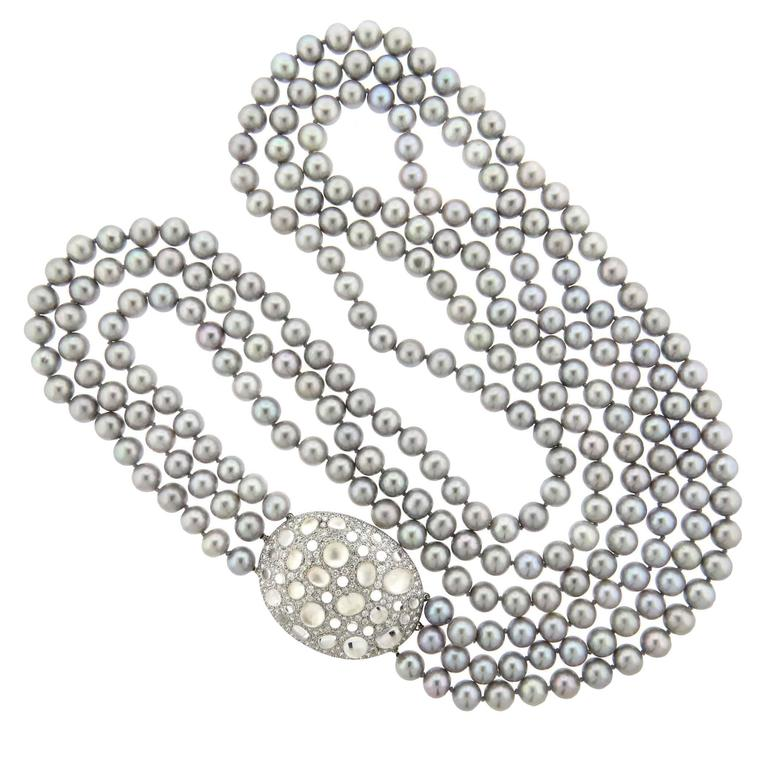 Impressive Ivanka Trump Grey Pearl Diamond Crystal Gold Necklace