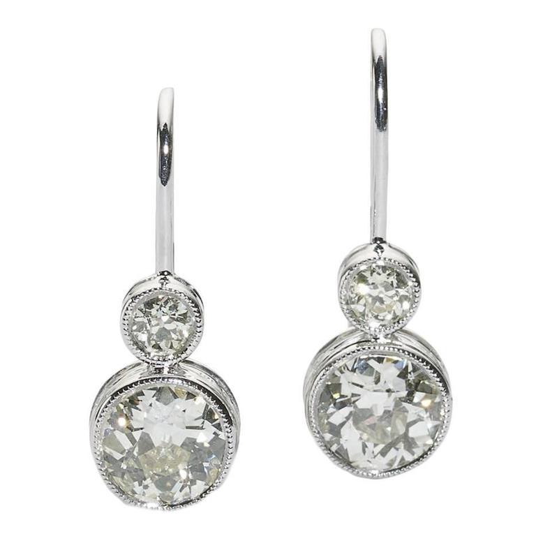 2.15 Carats Diamonds Platinum Drop Earrings
