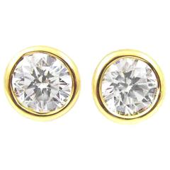 Bright Sparky White Diamond Gold Stud Earrings