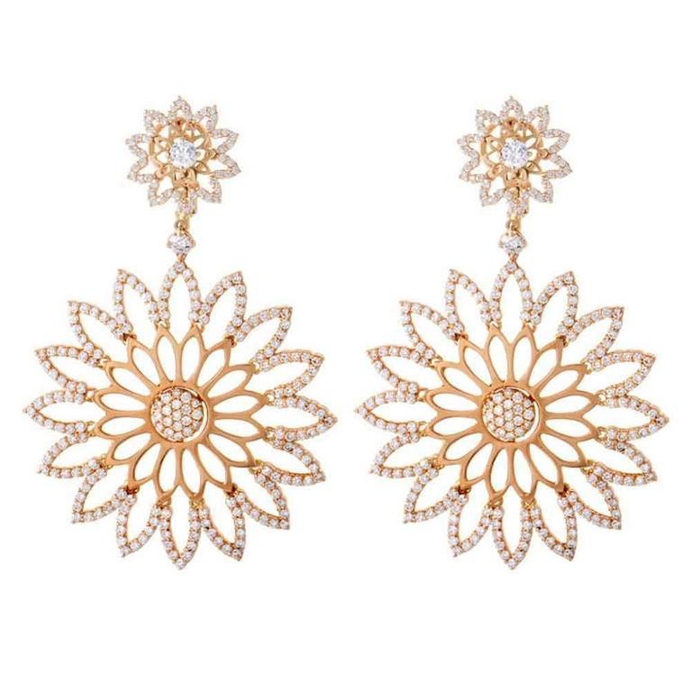 Crivelli 4.69 Carats Diamonds Gold Cutout Flower Earrings