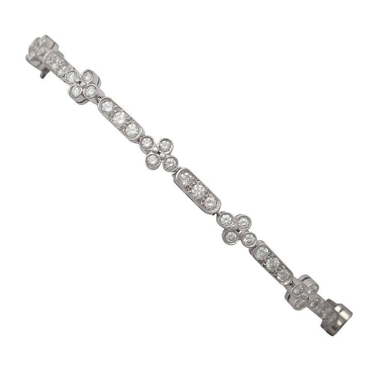 1990s 3.30 ct Diamond and 18k White Gold Bracelet For Sale
