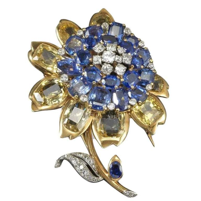 1945 Cartier London Exquisite Multicolor Sapphire Diamond Brooch For Sale