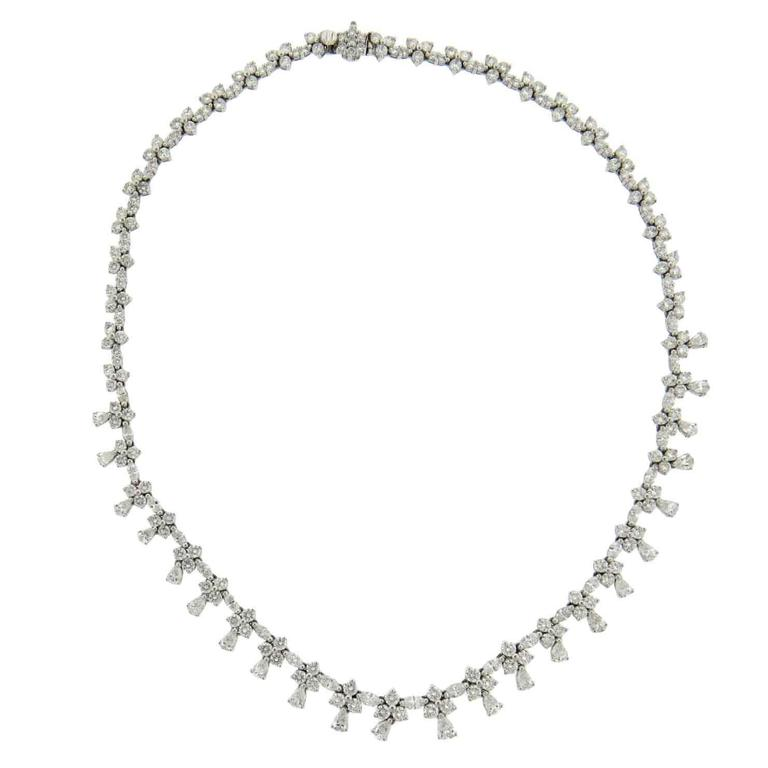 Gorgeous 20 Carats Diamonds Platinum Necklace