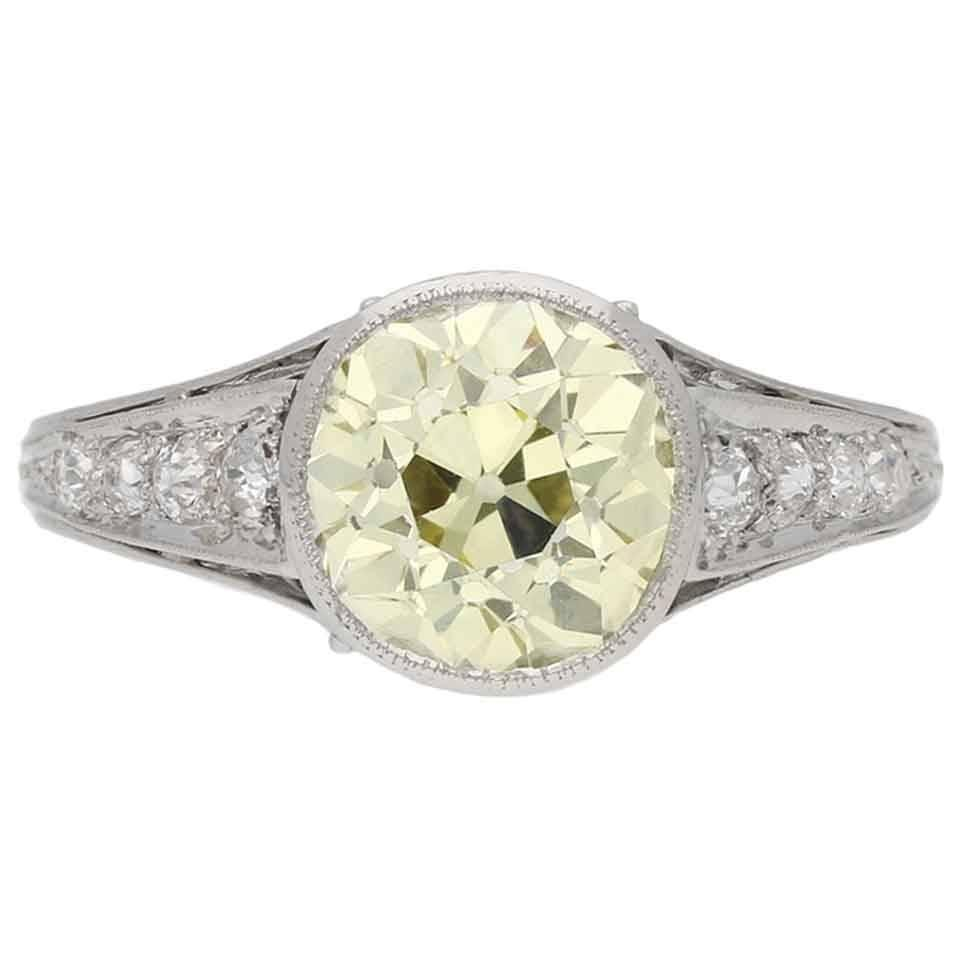 1930s English fancy yellow diamond gold platinum engagement ring For Sale at