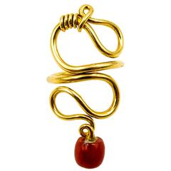 Stylish Coral Gold Knot Ring