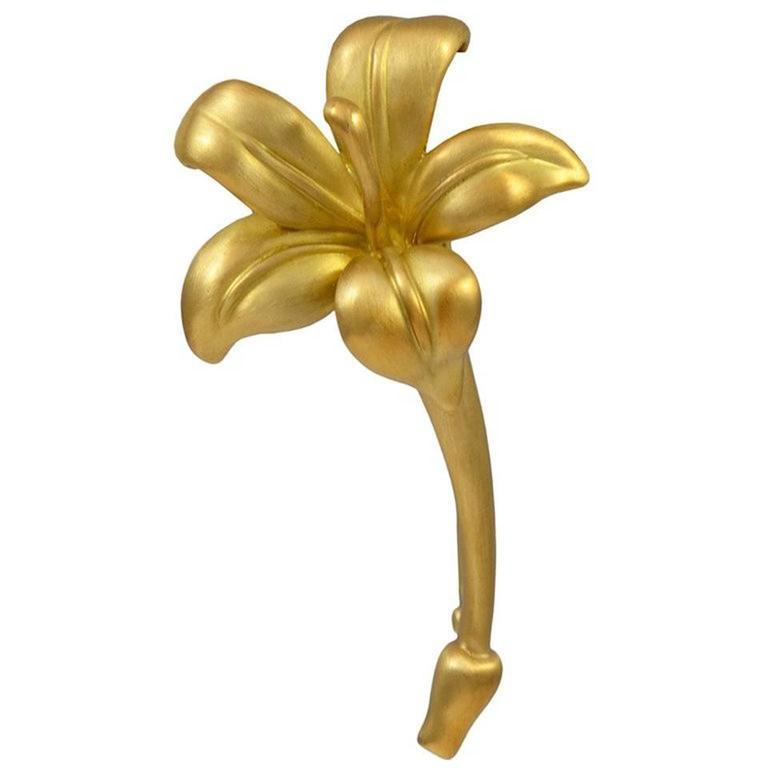 Angela Cummings Matte Gold Lily Flower Brooch