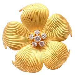 Tiffany & Co. Diamond Gold Dogwood Flower Pin Brooch