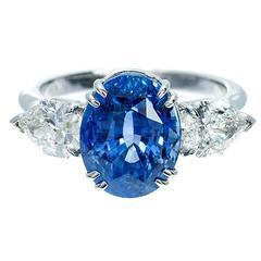 Peter Suchy Cornflower Blue Sapphire Diamond Three-Stone Engagement Ring