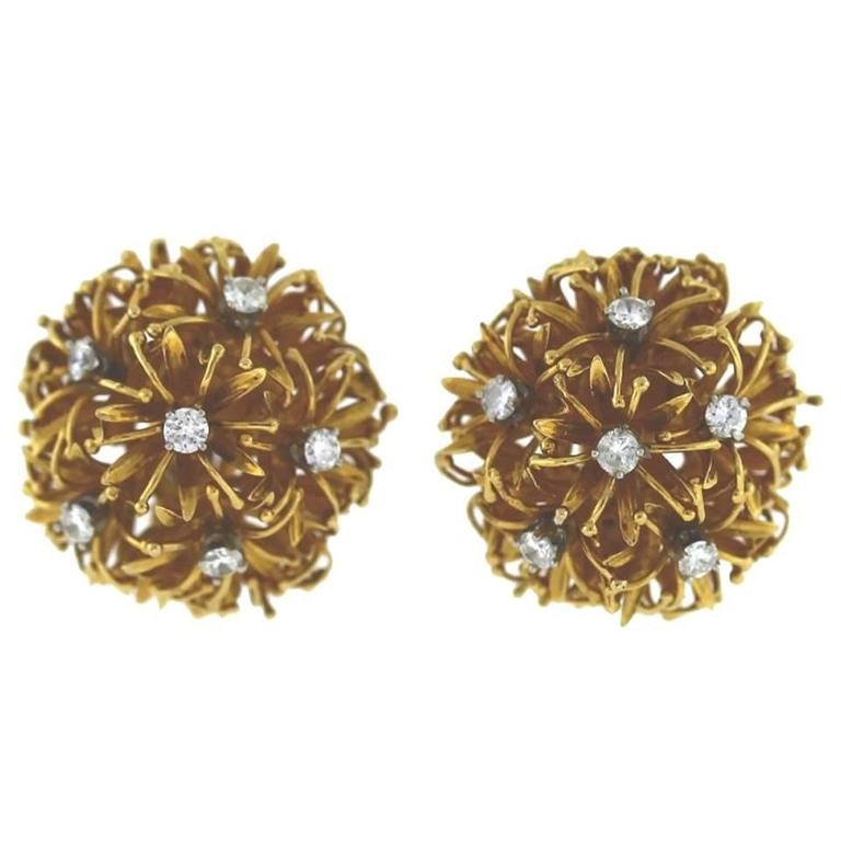 David Webb Diamond Gold Dandelion Earrings For Sale
