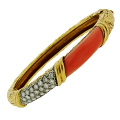 1970s Van Cleef & Arpels Coral Diamond Gold Bangle Bracelet
