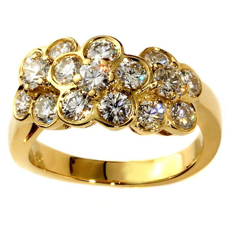 Van Cleef & Arpels Fleurette Diamond Gold Ring For Sale