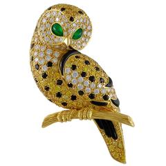 Van Cleef & Arpels Diamond and Fancy Yellow Diamond Gold Owl Brooch