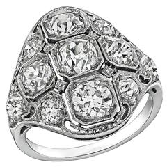 Amazing 2.75 Carats Diamonds Platinum Ring