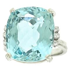 1960s H.Stern 12.5 Carat Aquamarine Diamond Gold Ring