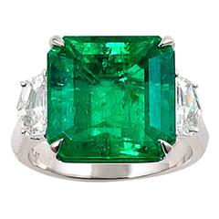 Magnificent Colombian Emerald Diamond Platinum Ring