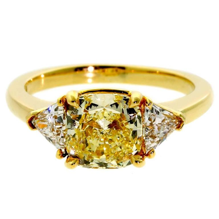 Cartier Fancy Intense Yellow Diamond Gold Ring For Sale at 1stdibs
