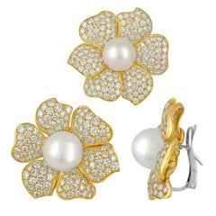 22.00 Carats Diamond South Sea Pearl Gold Flower Earrings and Pin Set