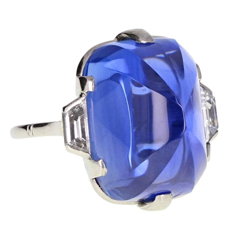 Art Deco Sugarloaf Ceylon Sapphire Diamond Platinum Ring For Sale