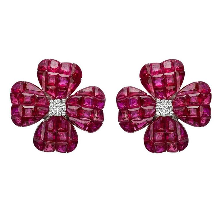 Small ​Invisibly-Set Ruby Diamond Gold Clover Earrings