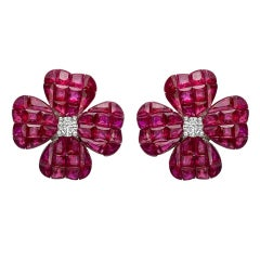 Small Invisibly-Set Ruby Diamond Gold Clover Earrings