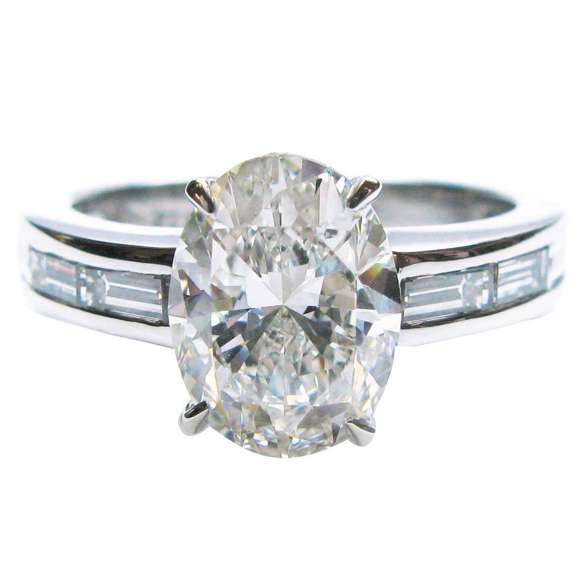 2 01 Carat GIA Cert Oval Diamond Platinum Engagement Ring For Sale at 1stdibs