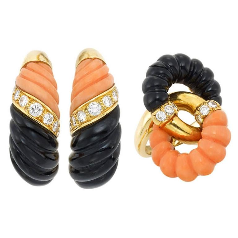 Chic French Coral Onyx Diamond Gold Set