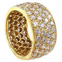 Van Cleef & Arpels 4 Carats Diamond Gold Eternity Ring