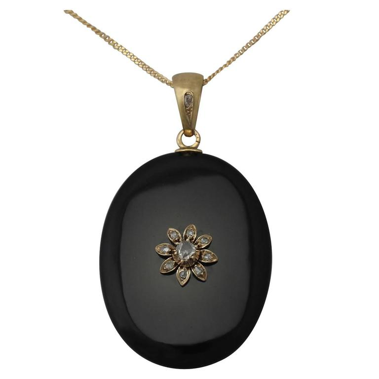 0.49Ct Diamond and Onyx, 14k Yellow Gold Pendant/Locket - Antique Victorian 1