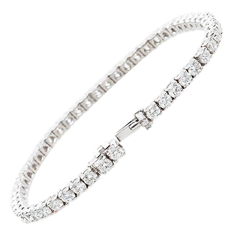 Graff 8 42 Carats Diamonds Gold Tennis Bracelet At 1stdibs